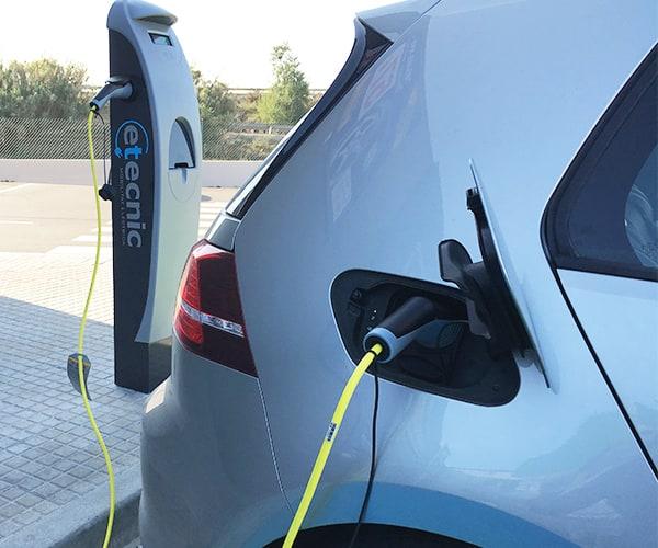 Las ayudas del Cabildo para puntos de recarga de vehículos eléctricos se pueden solicitar hasta el 15 de diciembre